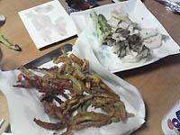 天ぷら・骨せんべい・刺身