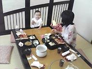 甲羅で昼食1