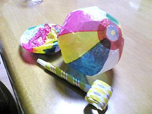 ピロピロと紙風船