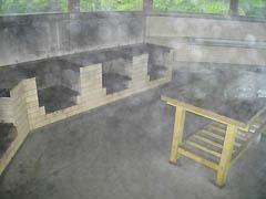 パオ集落の炊事棟